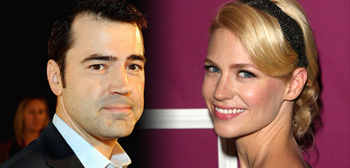 Ron Livingston / January Jones