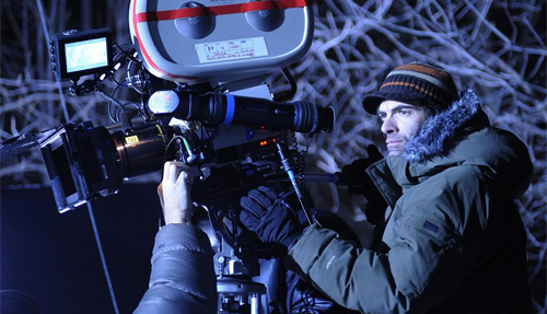 Vincenzo Natali on the set of Splice