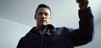 Luke Evans in Trailer for Kidnapping Thriller '10x10' from Suzi Ewing