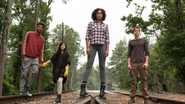 'The Darkest Minds' Trailer Pushes Superpowered Teens to Start a Revolution