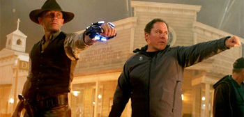 Daniel Craig and Jon Favreau on the Cowboys & Aliens Set