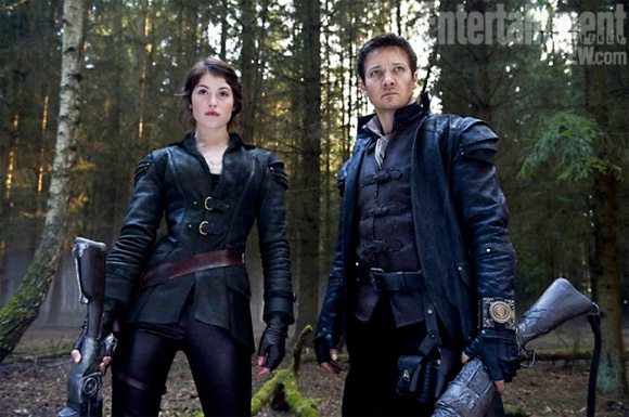 Hansel & Gretel: Witch Hunters - First Look