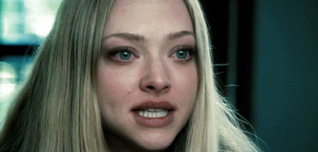 Amanda Seyfried in Gone Trailer