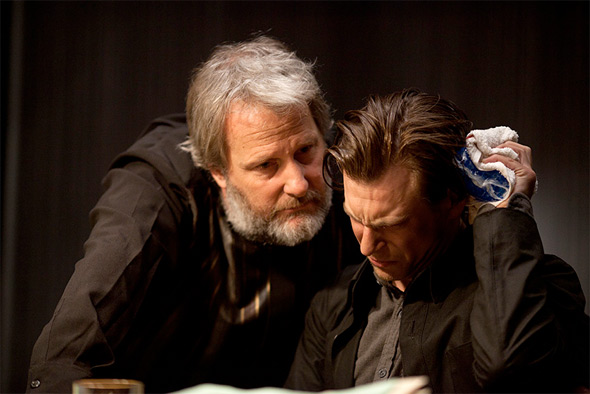 Jeff Daniels - Looper