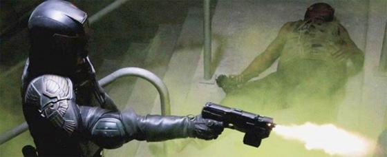 Dredd - Judge Dredd Machine Gunning