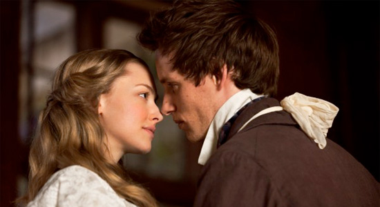 Les Miserables - Amanda Seyfried and Eddie Redmayne