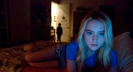 Paranormal Activity 4 - Alex in Bed