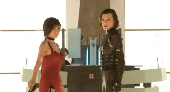 Resident Evil: Retribution - Milla Jovovich and Sienna Guillory