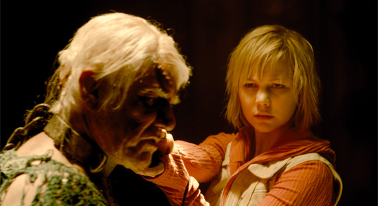 Silent Hill: Revelation - Malcolm McDowell / Adelaide Clemens