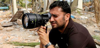 It's Official: Spanish Filmmaker J.A. Bayona to Direct 'Jurassic World 2'