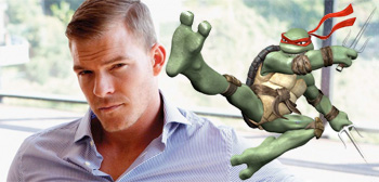 Alan Ritchson / Raphael