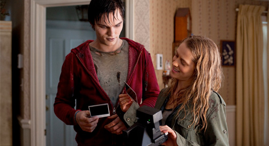 Warm Bodies - Nicholas Hoult and Teresa Palmer