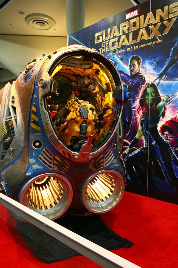 Comic-Con 2014 Showfloor - FirstShowing.net