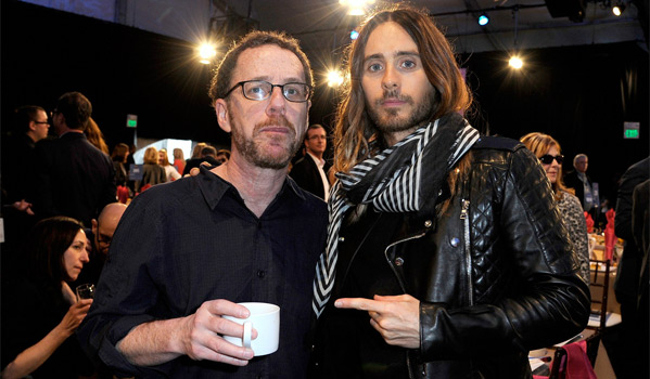 Ethan Coen (L) & Best Supporting Winner Jared Leto (R)