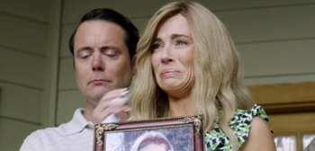 Linda Cardellini in First Trailer for Kidnapping Comedy 'Austin Found'