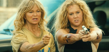 Second Trailer for 'Snatched' Starring Amy Schumer & Goldie Hawn