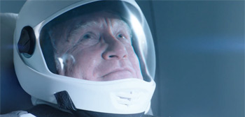 Richard Dreyfuss Goes to Space in Trailer for Lonely Drama 'Astronaut'