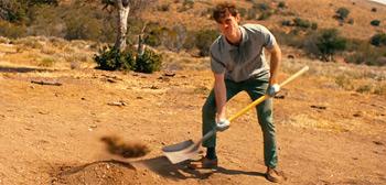 Cortometraje Dig Your Own Grave
