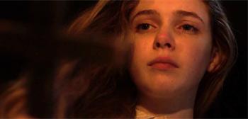 Gwen Trailer