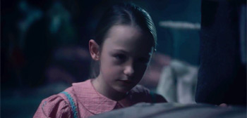 Creepy Teaser Trailer For Mike Flanagan S The Haunting Of Bly Manor Firstshowing Net