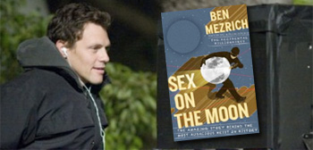 Will Gluck / Sex on the Moon