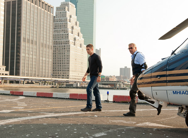 Kevin Costner & Chris Pine in Jack Ryan