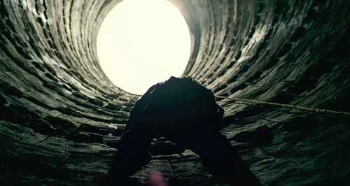 Bruce's Prison Pit Escape