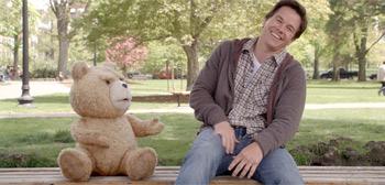 Seth MacFarlane's Ted Review