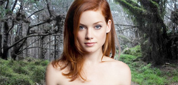Jane Levy / Evil Dead Woods