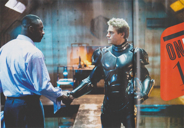 Pacific Rim - First Look - Idris Elba and Charlie Hunnam Shake Hands