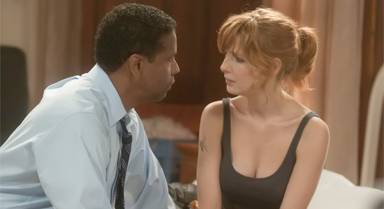 Flight - Denzel Washington and Kelly Reilly