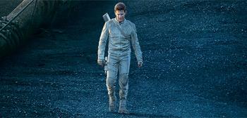 Tom Cruise in Oblivion