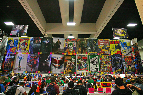 Comic-Con 2013 Sunday Showfloor Photos