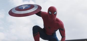 Captain America: Civil War Trailer border=